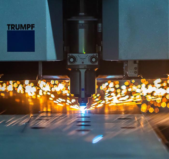 image d'une découpe laser de métal à Toulouse