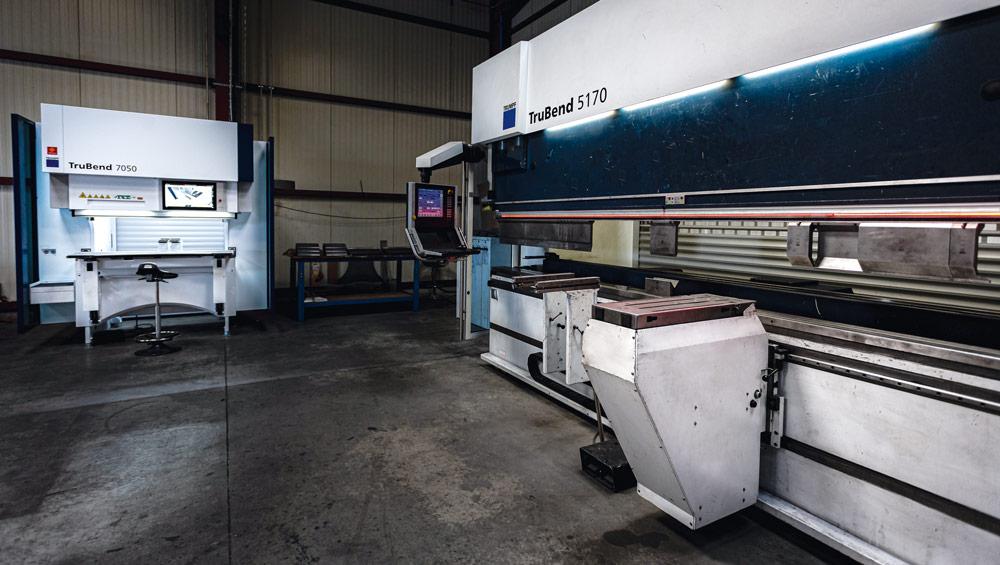 image d'une machine Liftmaster de pliage de métal